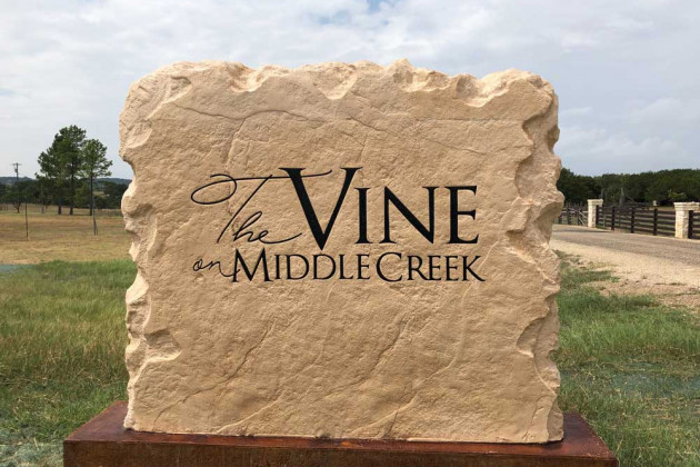 The Vine on Middle Creek's Stone Signage